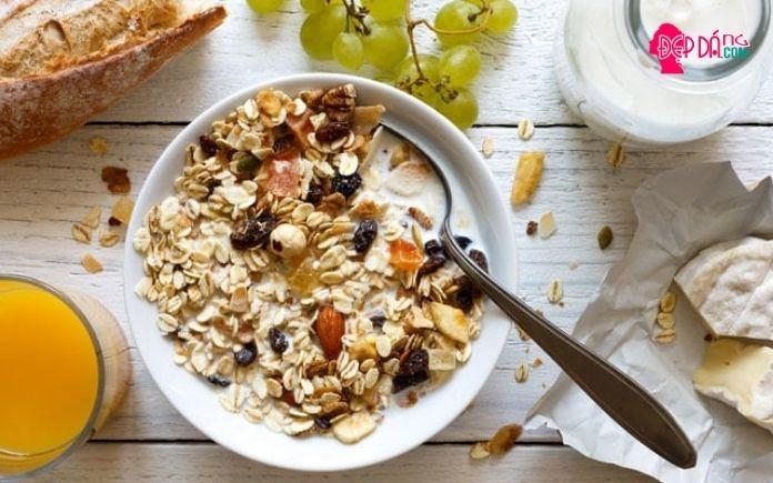 thói quen ăn sáng giảm cân